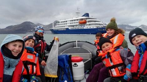 Marine biology, plankton net © Meike Sjoer - Oceanwide Expeditions.jpeg