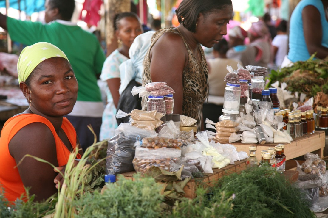 People on the local market of Cape Verde