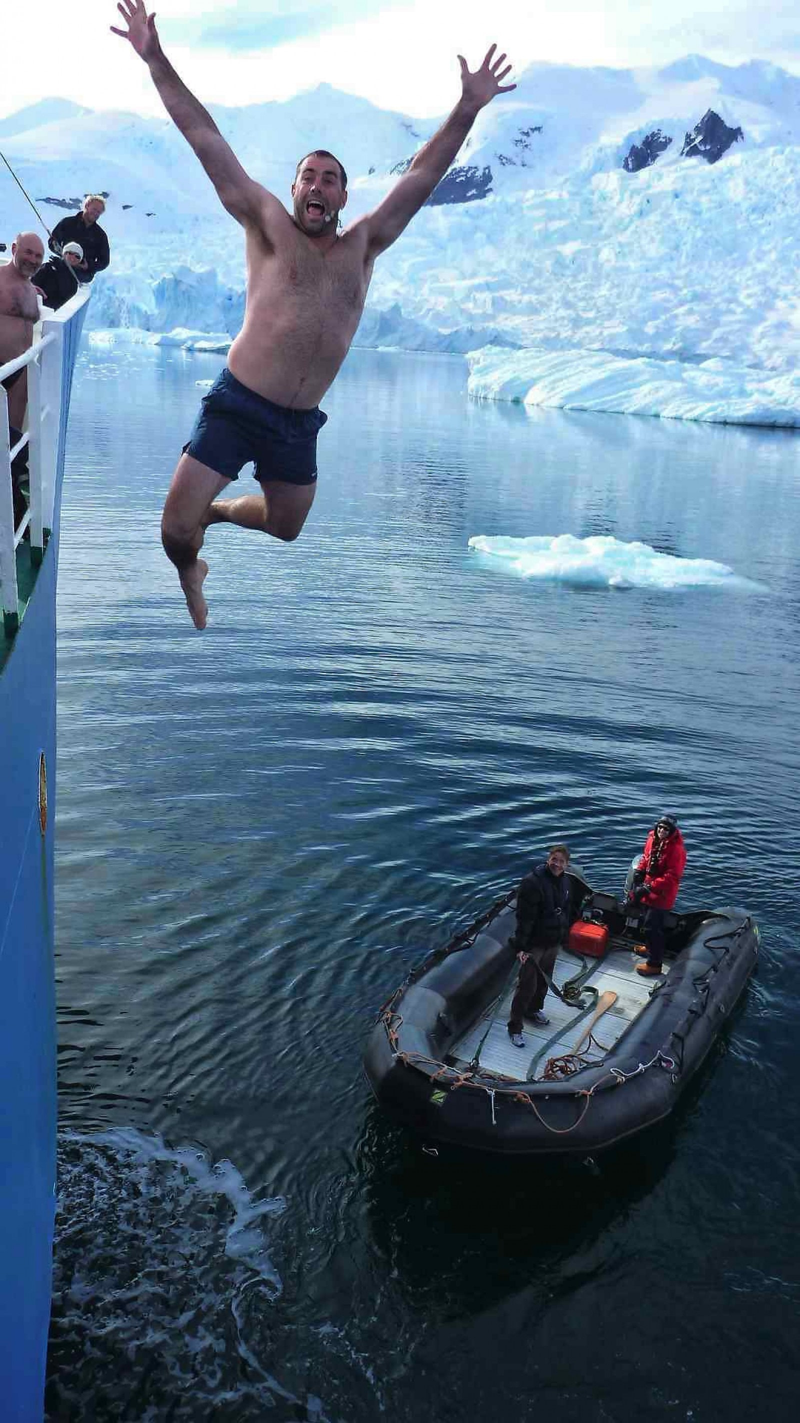 A plunge from the ship