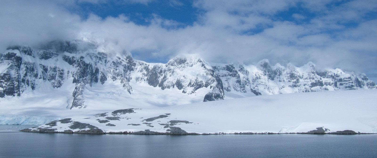 Antarctic Peninsula's magical scenery