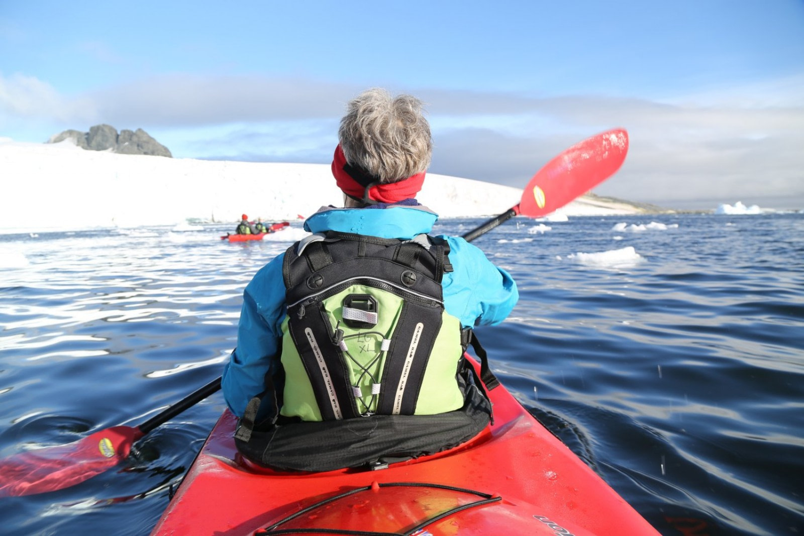 Antarctic kayaking © Unknown Photographer - Oceanwide Expeditions.jpg