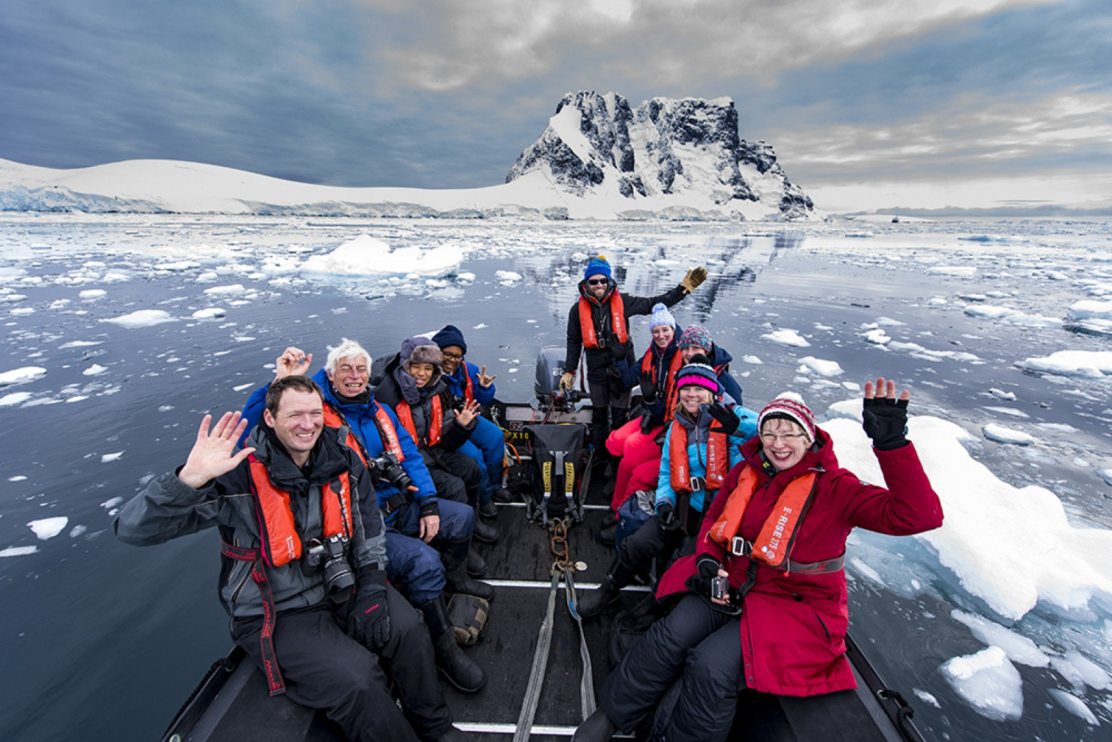 OTL31-18 Day 6 Renato Granieri_Lamaire Channel © Oceanwide Expeditions.jpg