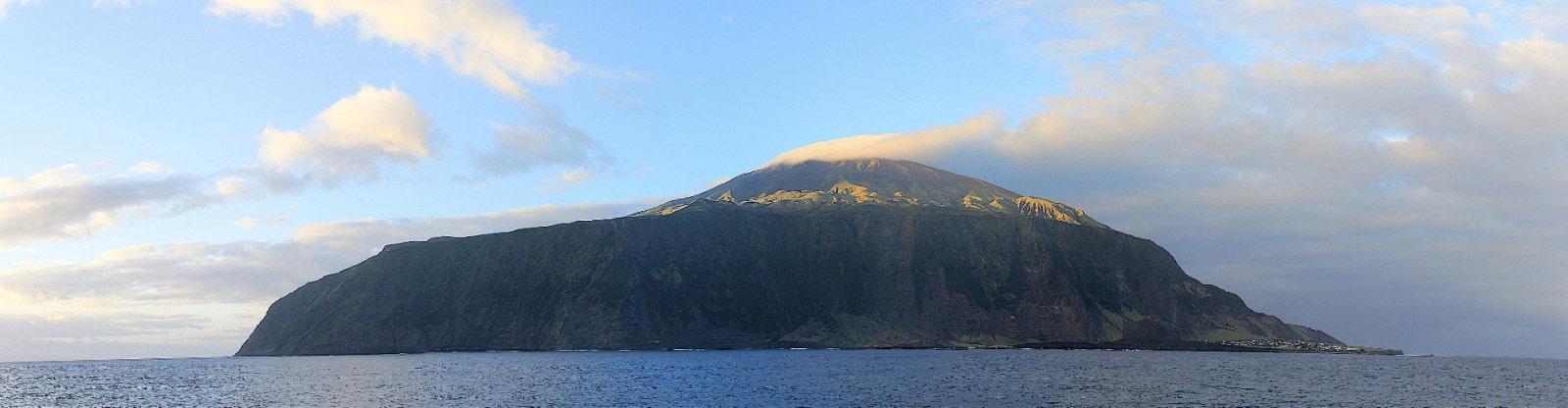 PLA35-18 Tristan Da Cunha at sun rise