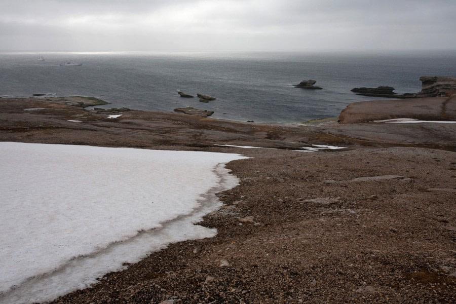 Parholmane, Southwest of Bear Island