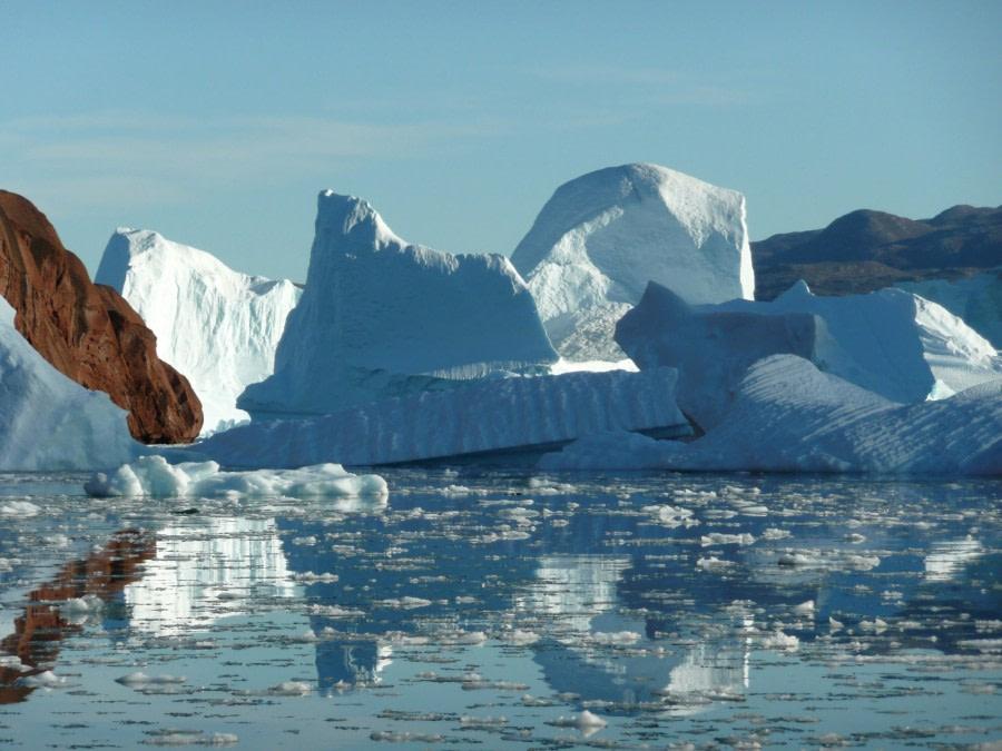 Iceberg 'graveyard' in Scoresby Sund