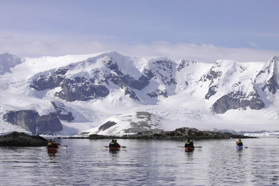 Antarctic kayaking © Anjali Pande - Oceanwide Expeditions.jpg