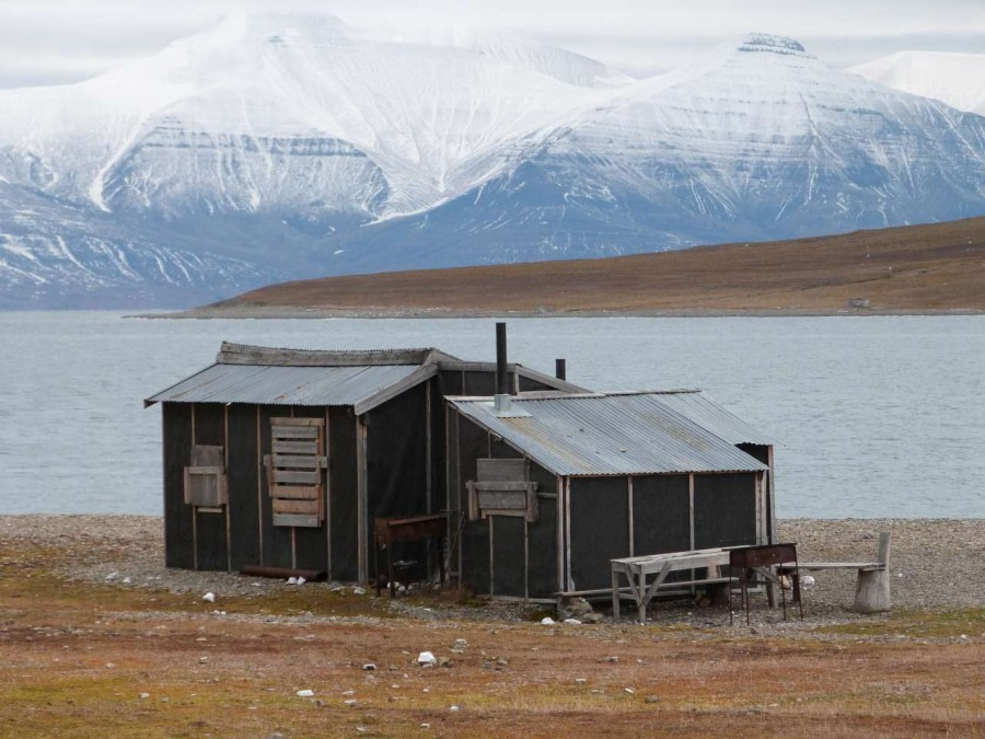 Alkhornet hut