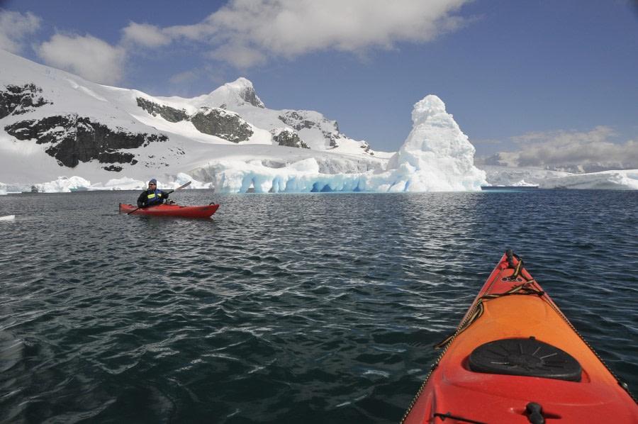 antarctica_kayaking (c) frode uhre (2).JPG