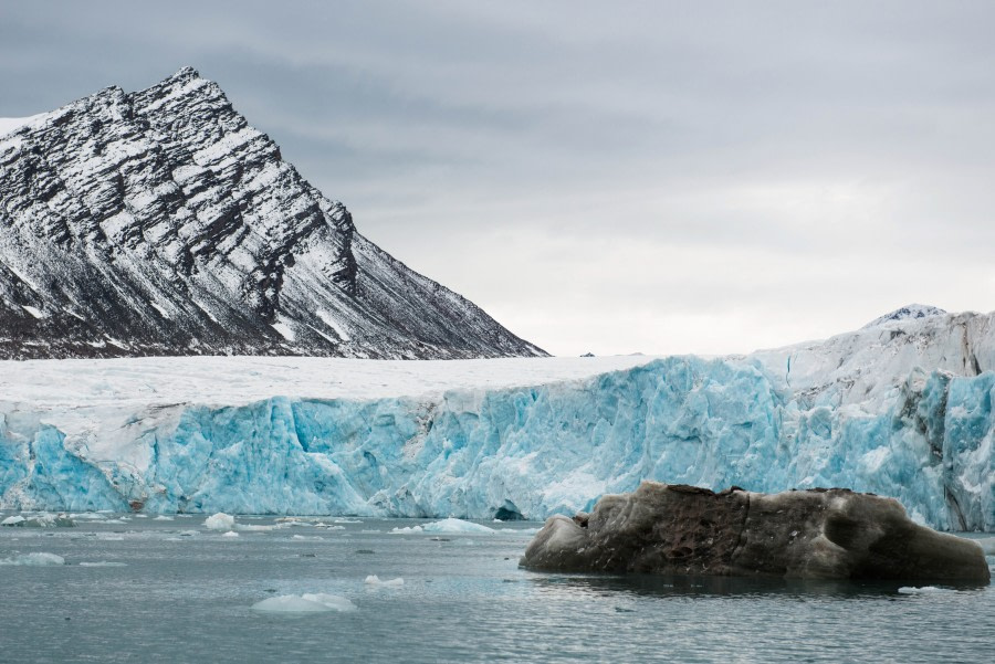 Glacier, Spitsbergen, August © Oliver Richter-Oceanwide Expeditions.jpg