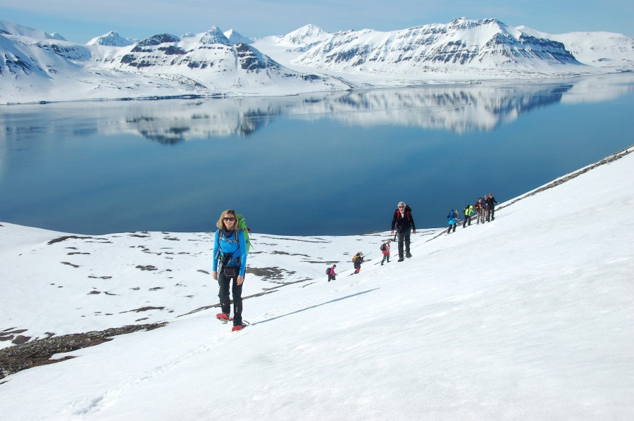 Snowshoe hike, Spitsbergen, Arctic Spring  © Oceanwide Expeditions, Philipp Schaudy