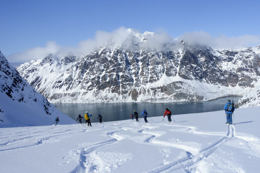 Ski touring, Ski, Sail, Spitsbergen, May © Folkert Lenz-Oceanwide Expeditions_spitzbgn 2590.jpg