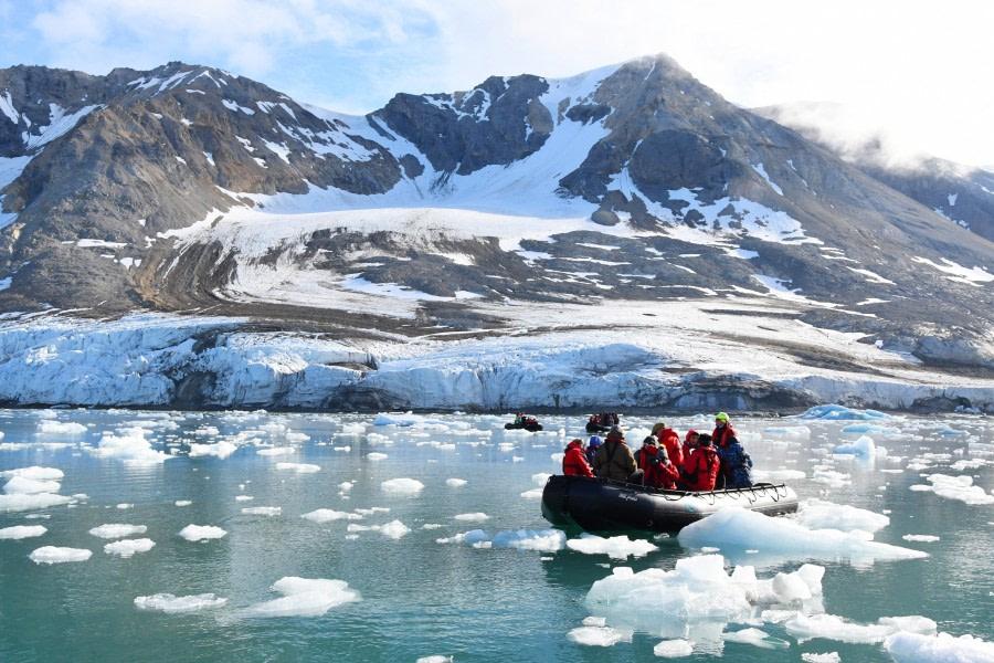 Hornsund; zodiac cruise; Svalbard-aug2017-Geert_Kroes-049.jpg