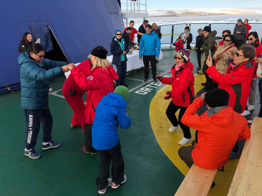 OTL06-18, Day 5-Christophe Gouraud-2-Oceanwide Expeditions.jpg