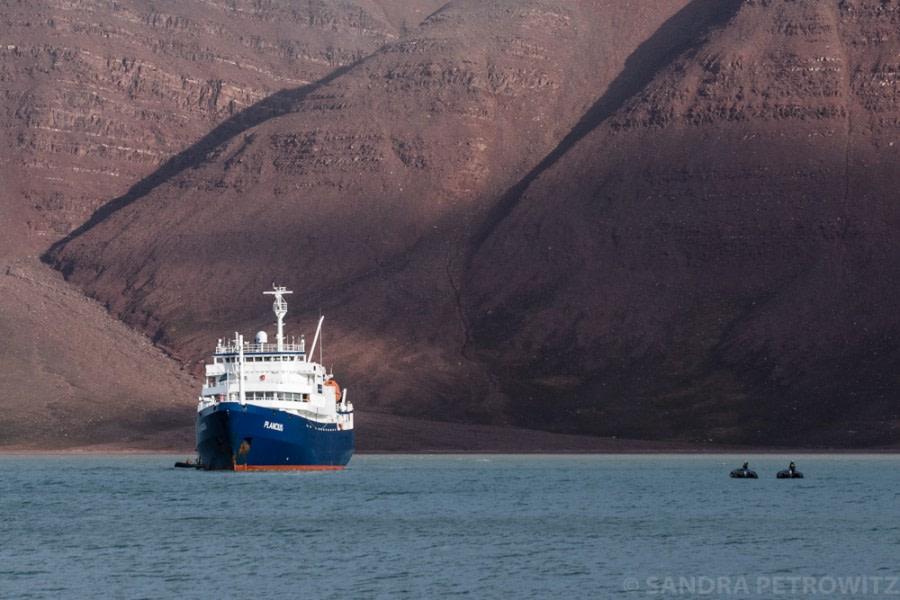 Disembarkation in Longyearbyen
