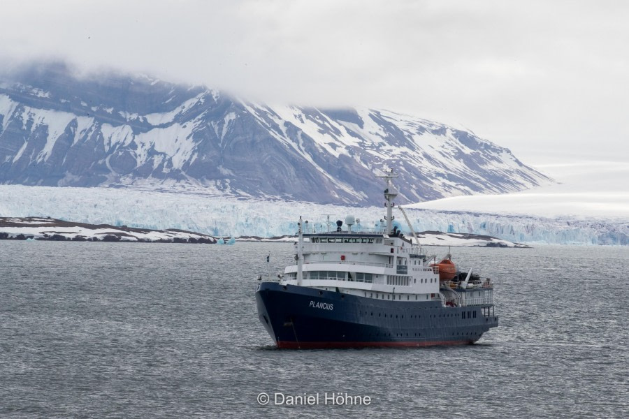 Back to Longyearbyen