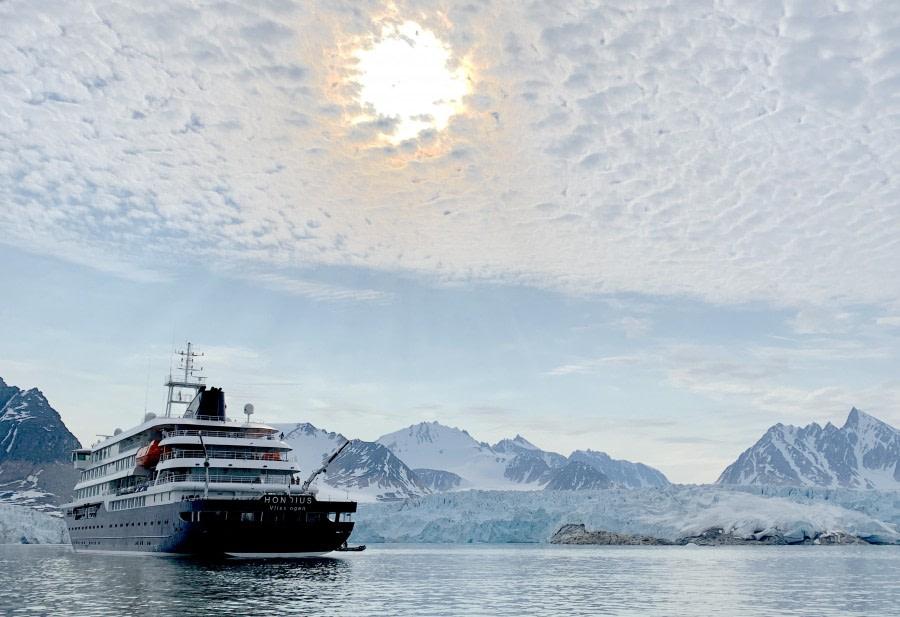 Bjørnfjorden in front of Smeerenburgbreen glacier and Ytre Norskøya