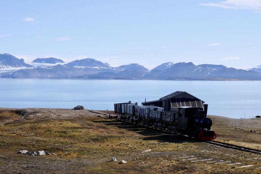 Lilliehöökbreen and Ny-Ålesund