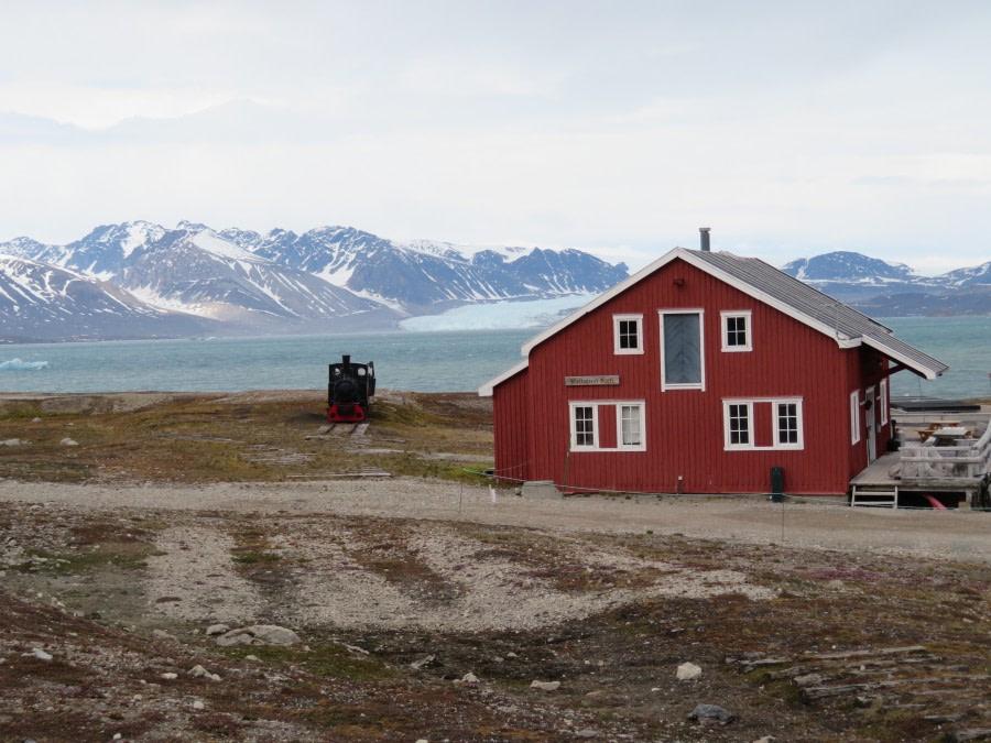 Kongsfjord and Ny-Alesund