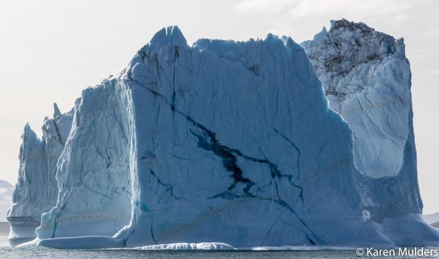 ©KM2019 NE Greenland NatPark Kejser Franz Joseph Fjord iceberg.jpg