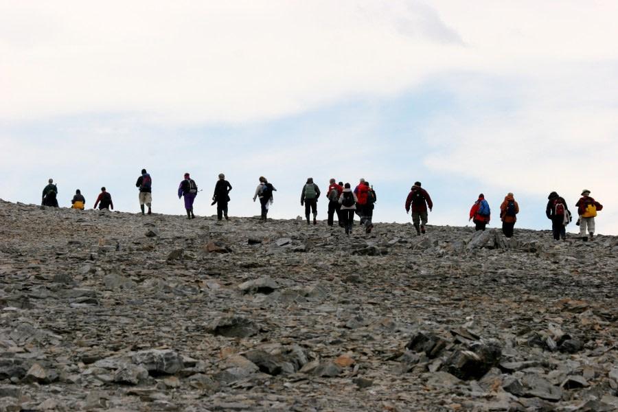 Antarctic hiking © Jan Bryde - Oceanwide Expeditions (1).jpg