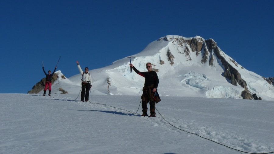 Mountaineering, Basecamp Antarctica © Christoph Gniesser - Oceanwide Expeditions (4).jpg