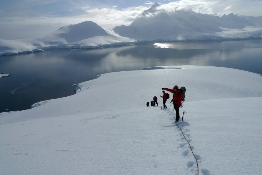 Mountaineering, Basecamp Antarctica © Christoph Hoebenreich - Oceanwide Expeditions (30).jpg