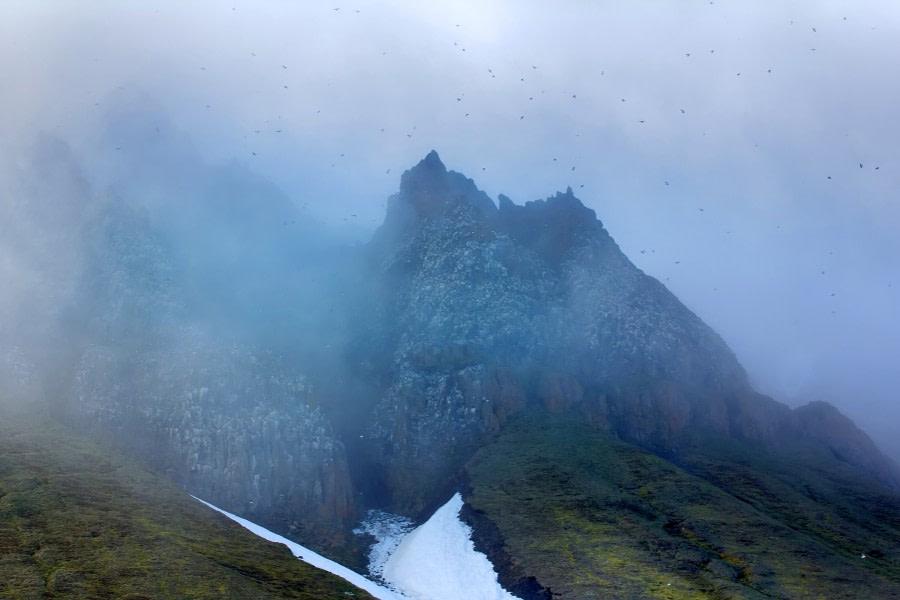 Panorama-Rock_cliff-glacier.jpg