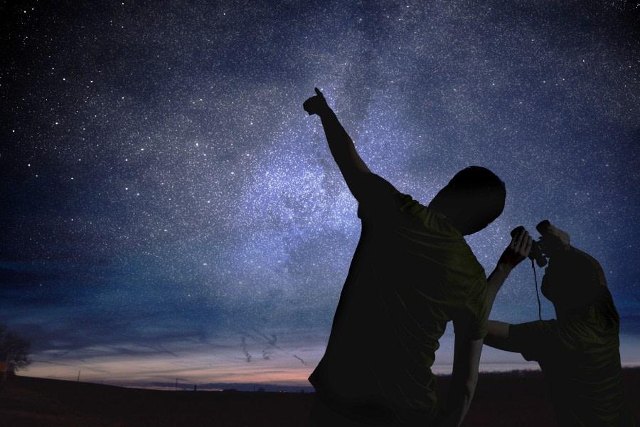 Observing the stars © ST.jpg