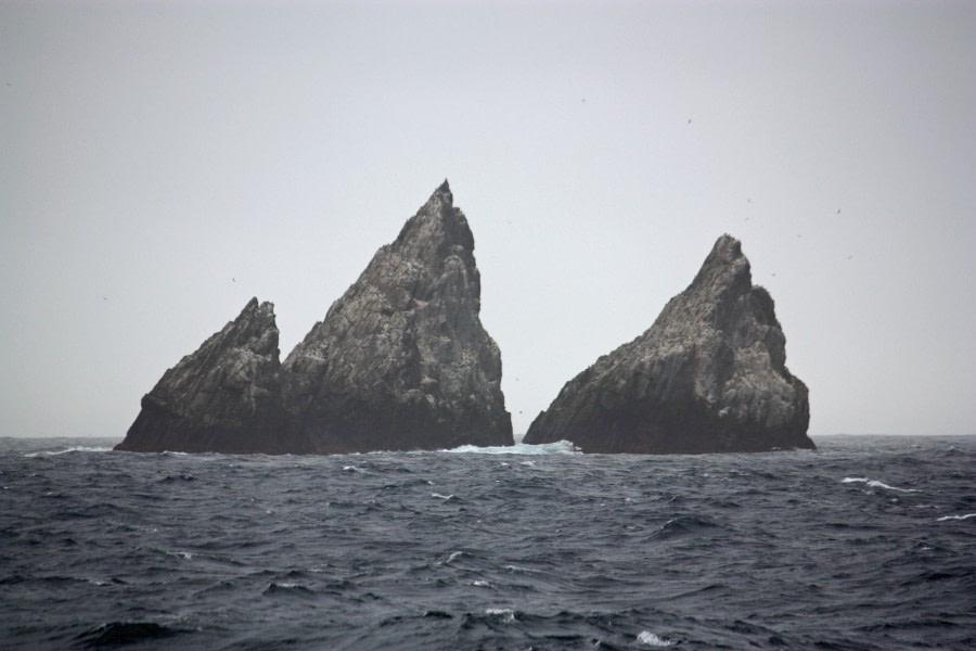 Geology, Shag rocks © Femke Wolfert - Oceanwide Expeditions.jpg