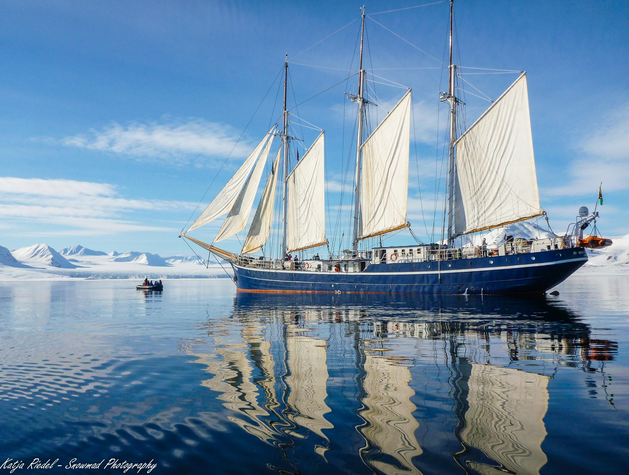 North Spitsbergen, ArcticSpring, May, Rembrandt van Rijn © Katja riedel-Oceanwide Expeditions.jpg