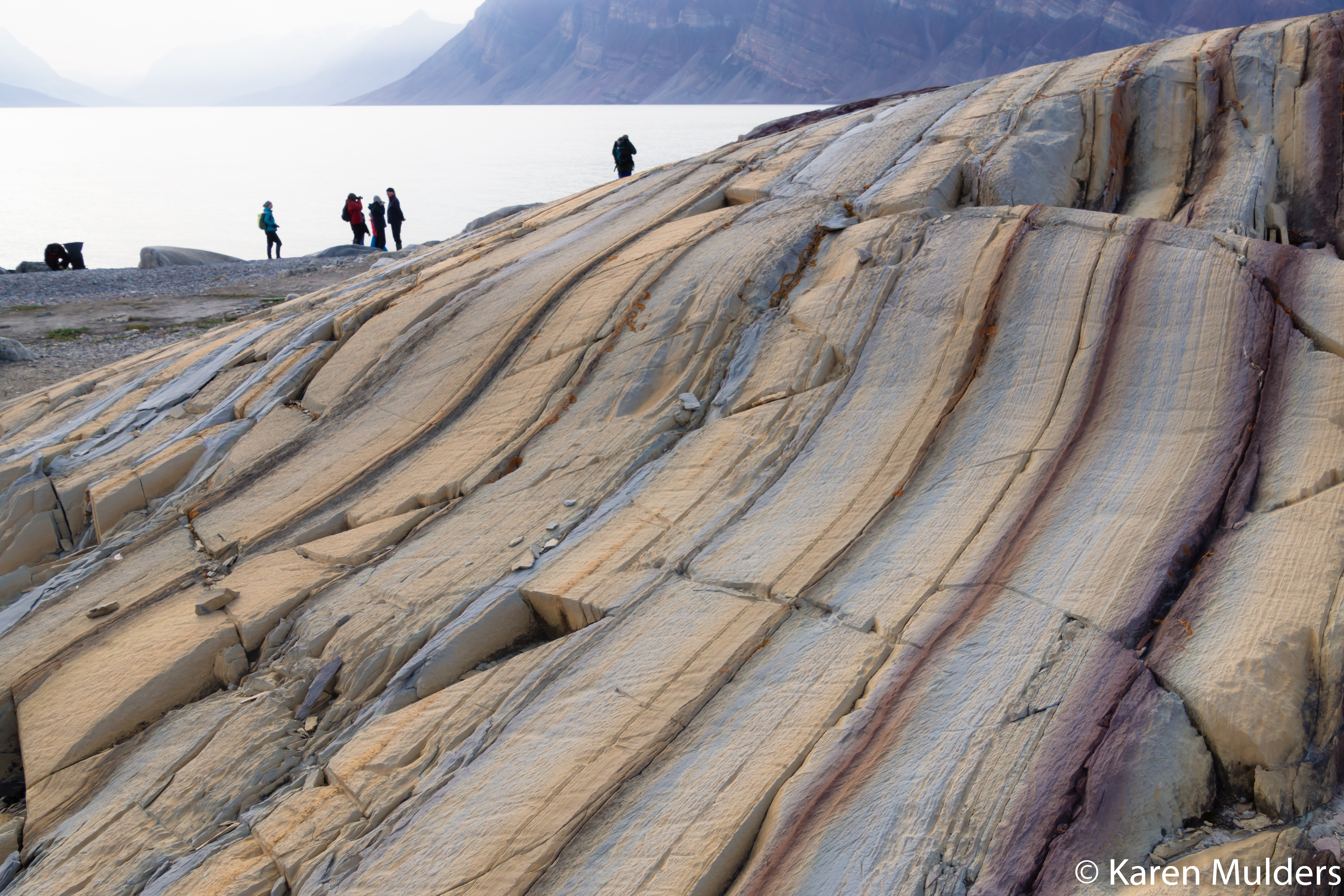 ©KM2019 NE Greenland NatPark Kong Oscar Fjord Segelsällskapet Skipperdalen - Eleonora Bugta formation sandstone.jpg