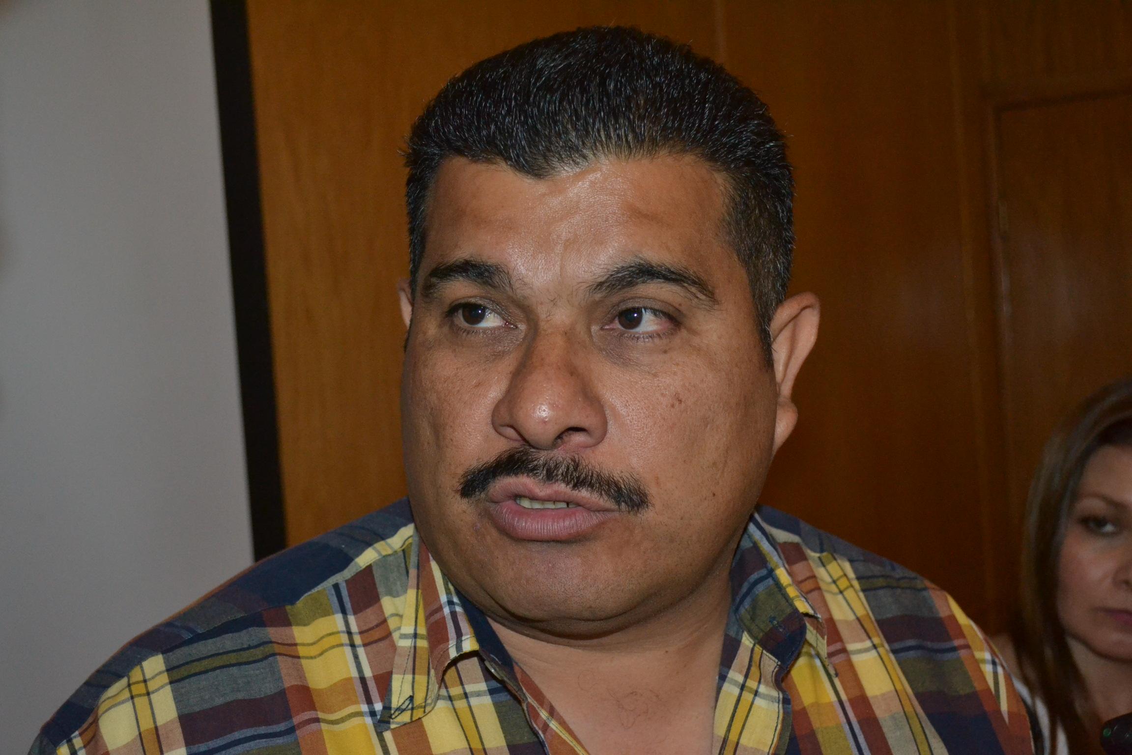 Renuncia Horacio Salcido a la DSPM, Francisco Raygoza va en su lugar