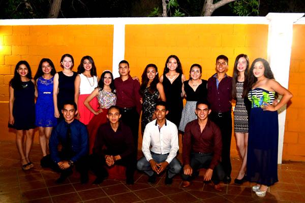 Celebró Sus Dulces 16 Luz Valeria Maldonado