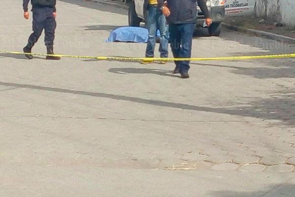 Asesinan a tiros a repartidor de gas en Izúcar de Matamoros