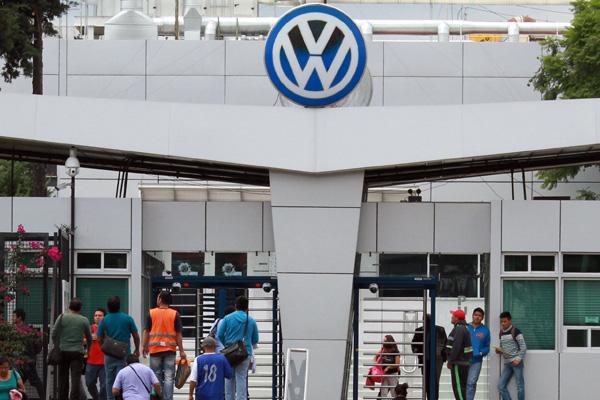 Confirman paro técnico en VW de México