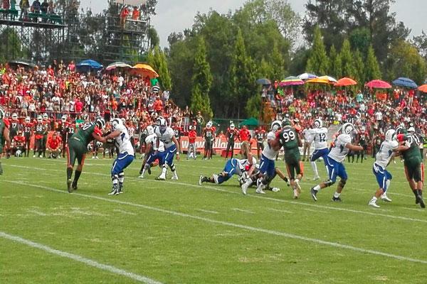 Triunfo dramático de Aztecas, vencen 35 a 28 a Borregos de Monterrey