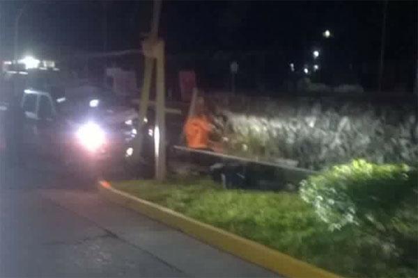 Chocan patrulla nueva en Atlixco; director asegura no se dañó el motor