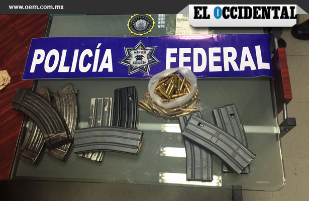 Cargadores y cartuchos de grueso calibre fueron asegurador por policías federales