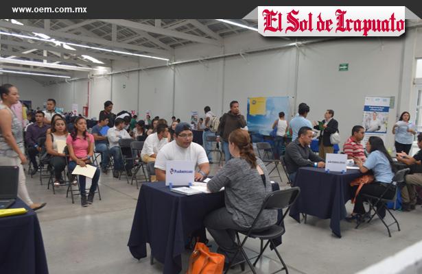 Inauguran la primera feria del empleo en Irapuato