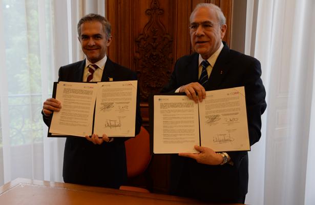 Firma jefe de gobierno convenio con OCDE para fortalecer estrategias de combate a la corrupción