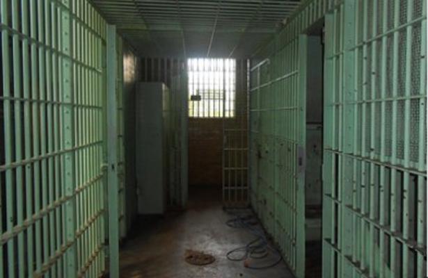 Dos internos se fugan del área de juzgados Reclusorio Oriente