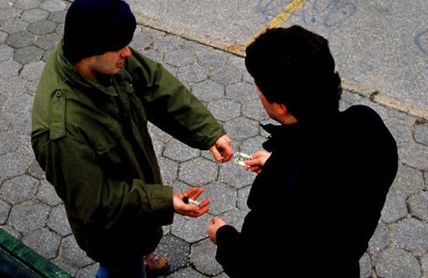 Dan cinco años de prisión a narcomenudista
