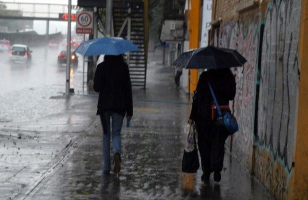 Afectarán el valle de México lluvias vespertinas