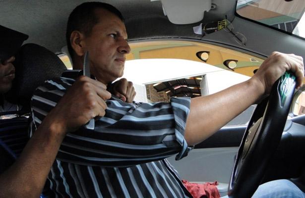 Secuestró a un taxista