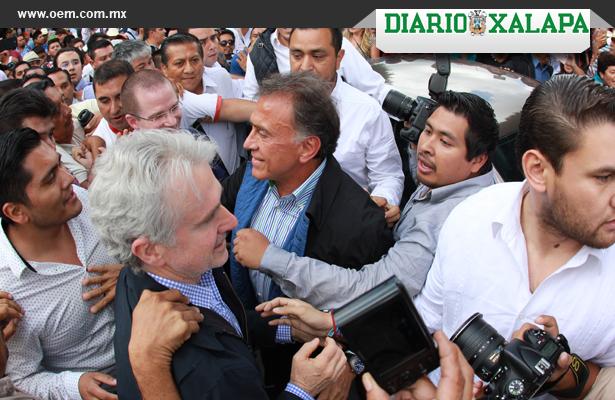 Turba agrede a militantes del PAN en Veracruz