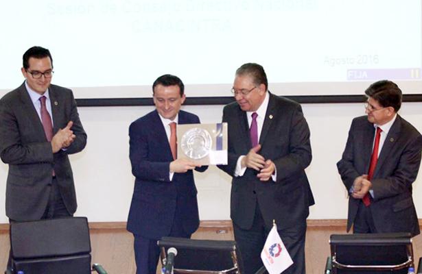 IMSS y Canacintra acuerdan reforzar cooperación