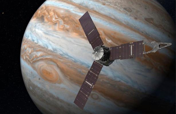 Nave Juno completa su primer sobrevuelo a Júpiter