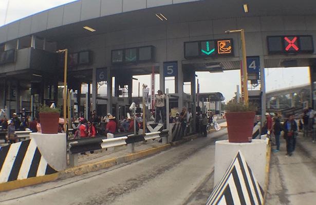 Maestros de la CNTE bloquearon la México-Cuernavaca