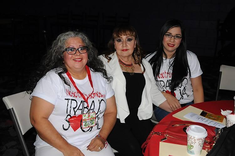 Martha Alicia Martínez, Erendira Cervantes y Mary Gallegos
