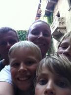 Familien Agerbek / Hjuler på ferie